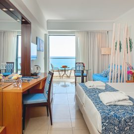 Twin / Double Rooms Sea View